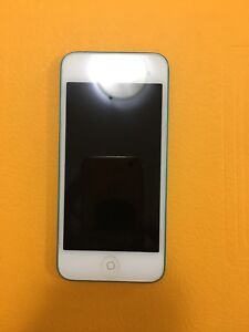 iPod 5th Generation - Blue