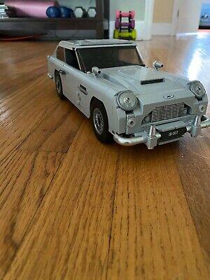 LEGO Creator James Bond Aston Martin DB5 10262 with Instructions