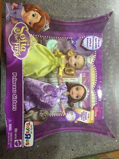 Sofia the First Princess Sisters Dolls