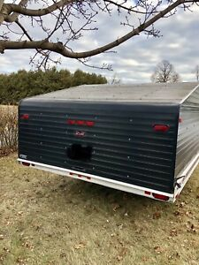 2000 R&R snowmobile trailer