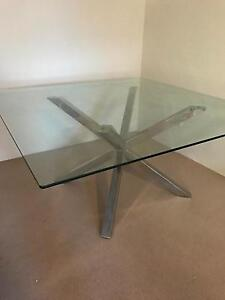 Dining table- 8 seater- 1500x1500 Caringbah Sutherland Area Preview