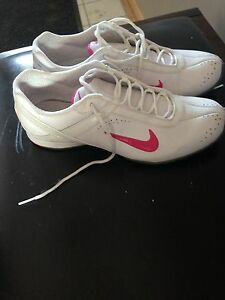 Euc women's shoes size 7.5