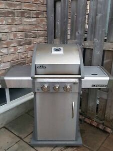 Naploean propane BBQ Grill with Side Burner