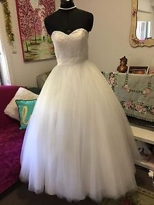 Deb /Wedding dress Ferntree Gully Knox Area Preview