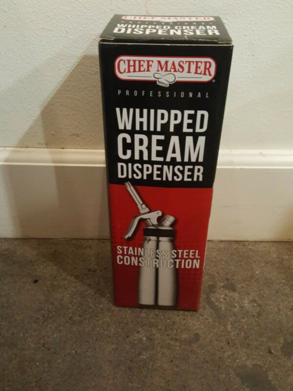 Chef Master Professional Whipped Cream Dispenser and Head, 1 Pint, 1/2-Litre New