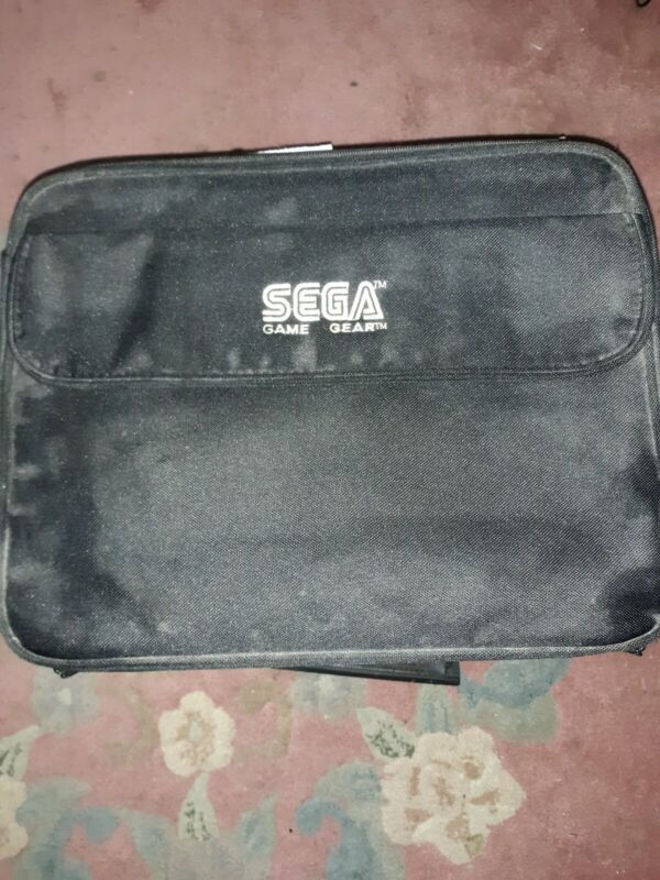 Sega Game Gear lot  Black with 2 Games Carrying Case