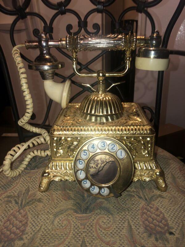 Vintage Decorative Telephone