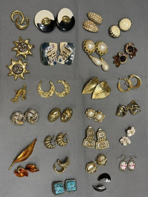 Huge Lot Of 25 Vintage Statement Gold Silver Tone Clip Pierced And More Earrings