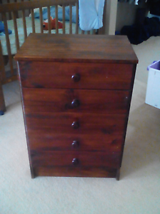 Small chest of draws Narre Warren South Casey Area Preview