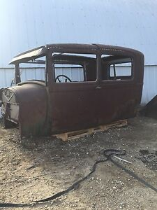 28-29 model A body // complete frame as well