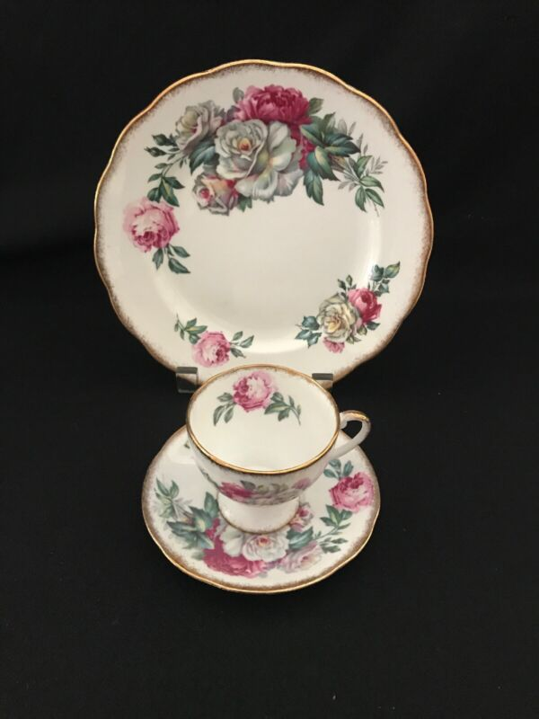 Royal Standard Irish Elegance 3 Pc Set (Plate/Cup/Saucer)