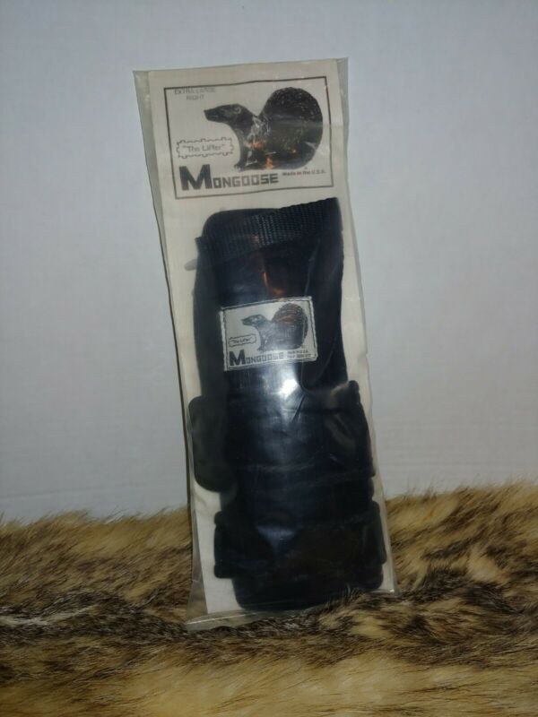 "Mongoose ""The Lifter"" Bowling Wrist Support Right Handed XL."