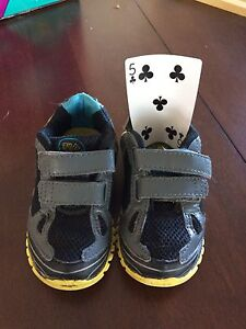 Toddler boy shoes size 5