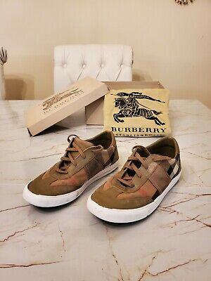 Burberry Kid Shoes Size 35
