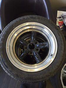 4 mags XXR etoile 5 x4.5 pour dodge Chrysler Avec Pneus 675$