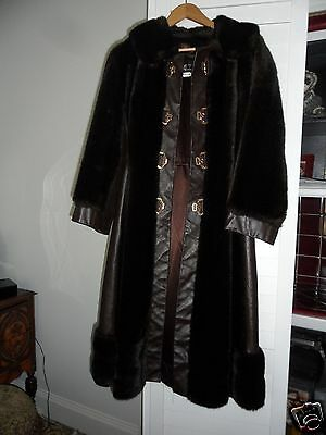 Fashion Women's coat Vintage 1950's - 1960's Genuine leather/Fur Coat