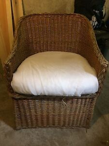 Awesome and comfy wicker chair with cishion