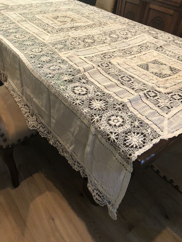STUNNING ANTIQUE LINEN & LACE BED COVER OR TABLE CLOTH, INTRICATE DETAIL, BEIGE