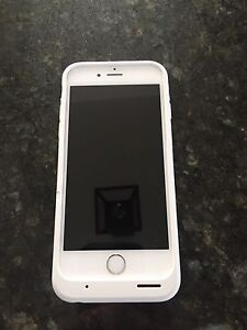White and silver iPhone 6 64 gig
