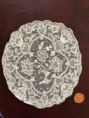 Vintage tambour chainstitch floral embroidered doily