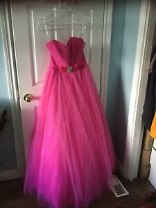 Grad or pageant dresses