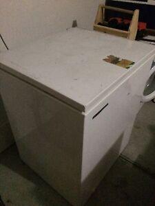 Box freezer Pakenham Cardinia Area Preview