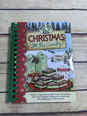 Gooseberry Patch : Christmas In The Country Family Recipes Holiday Home Cooking  ()