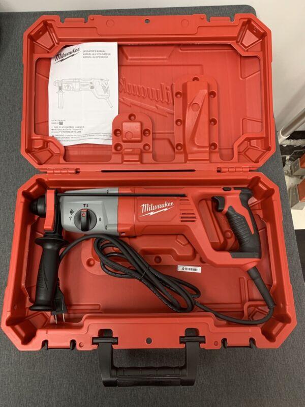 """Brand New! Milwaukee 5262-21 1"""" SDS Plus Rotary Hammer Kit"""