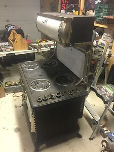 Old wooden cook stove converted to working elect Kawartha Lakes Peterborough Area image 3