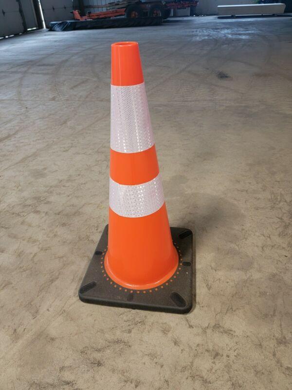 """Traffic Cones Highway Safety 28"""" Blaze Orange Cone  -New"""