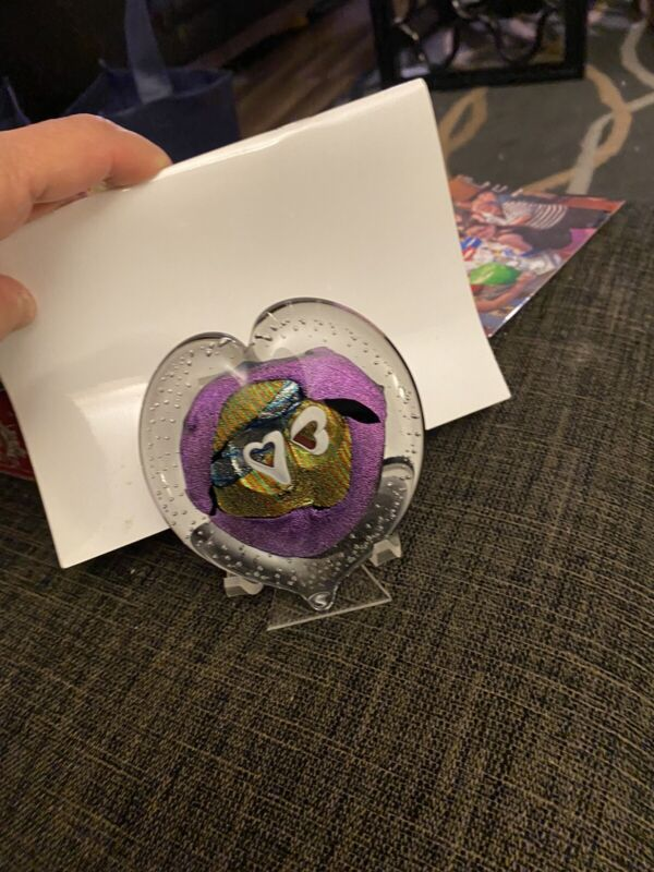Randy strong glass Heart signed paperweight