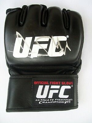 d82da0fa096 Mixed Martial Arts (MMA) - Autograph Ufc Glove - 6 - Trainers4Me
