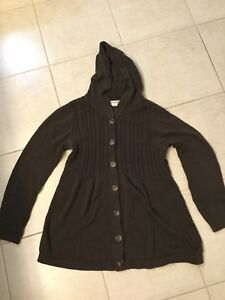 Maternity sweater & cargo pants size L