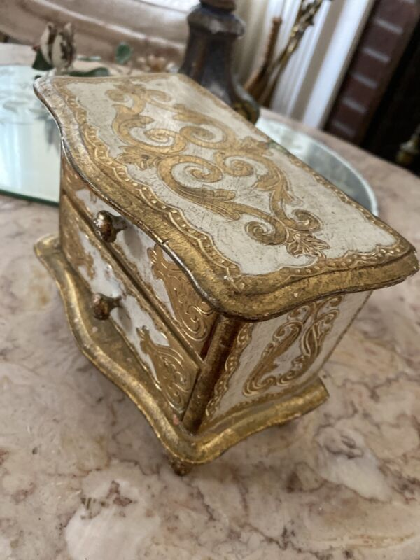 Vintage Italian Florentine Wood Toleware Gilt Jewelry Box Chest Bombay Style