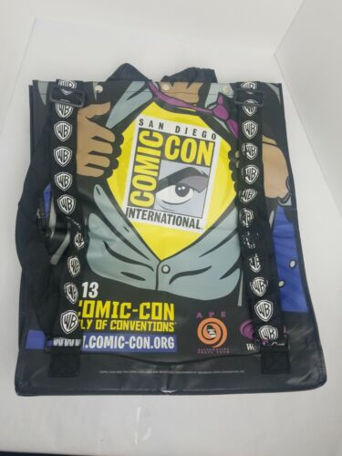 GODZILLA  2013 San Diego Comic Con Limited Exclusive Bag With Cape