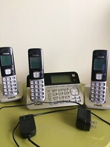 VTECH CORDLESS-3 PHONES WITH ANSWERING MACHINE