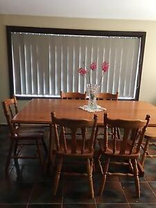 Dining Table casual 6 person Kurrajong Hawkesbury Area Preview