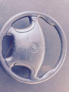 Vt vu vx steering wheel and airbag   Mandurah Mandurah Area Preview