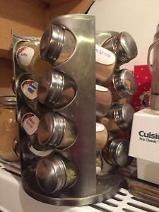 Rotating Spice Rack 16 Jar