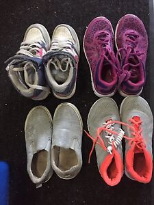 Girls shoes for sale! $5 each!!