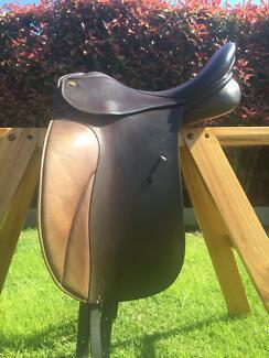 ***MINT condition** Jessica Trainer UNIQUE Dressage Saddle 16.5 Traralgon Latrobe Valley Preview