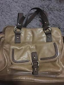 Colorado - Woman Leather Shoulder Bag Chippendale Inner Sydney Preview