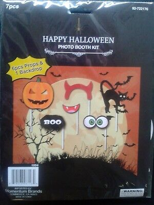Halloween PHOTO BOOTH SCARE KIT 6 pcs Props & Backdrop Pumpkin Patch SELFIE FUN - Photo Booth Halloween Background
