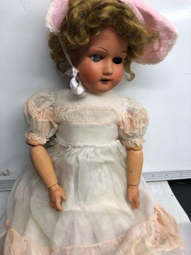 "Verhoye 445943 jointed Unica 31"" doll, Belgium (CEE1147)"
