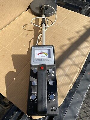 Tandy Corp Micronta 4003 - Deluxe Metal Detector Low Frequency Radio Shack