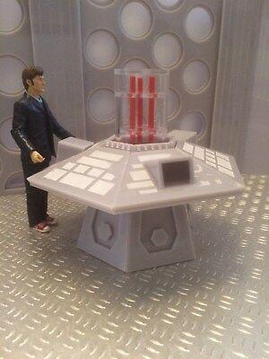 Dr Who Tardis, tardis interior, Dr Who figures, daleks