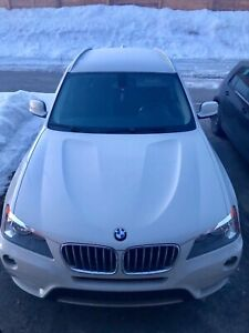 BMW X3 2013 À vendre  All wheel drive ,white  96,000 kms