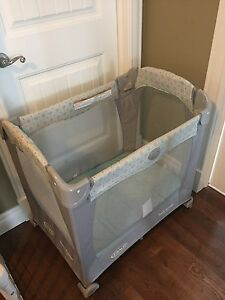 Graco Travel Lite Playpen