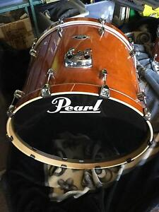Pearl Export 24x18 Inch HoneyAmber Bass drum & x 2 pedals Dubbo Dubbo Area Preview