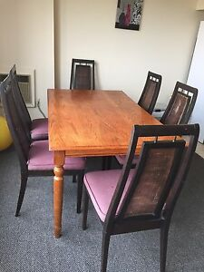 Nice dining set for sale